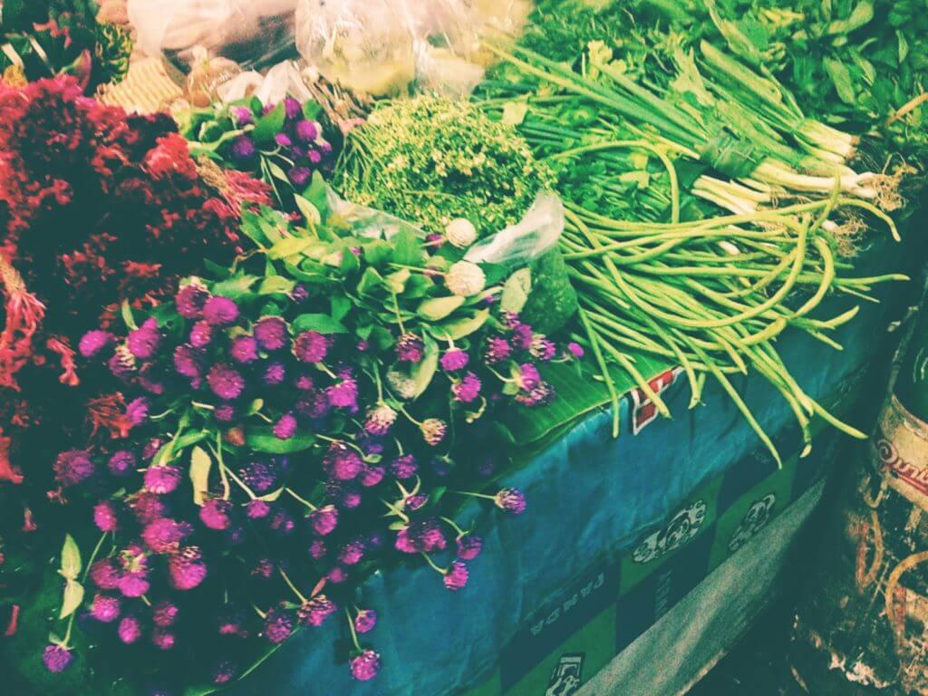 Thai Street Market   Go to Thailand
