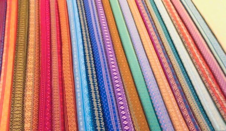 Go to Thailand   Silk Factory