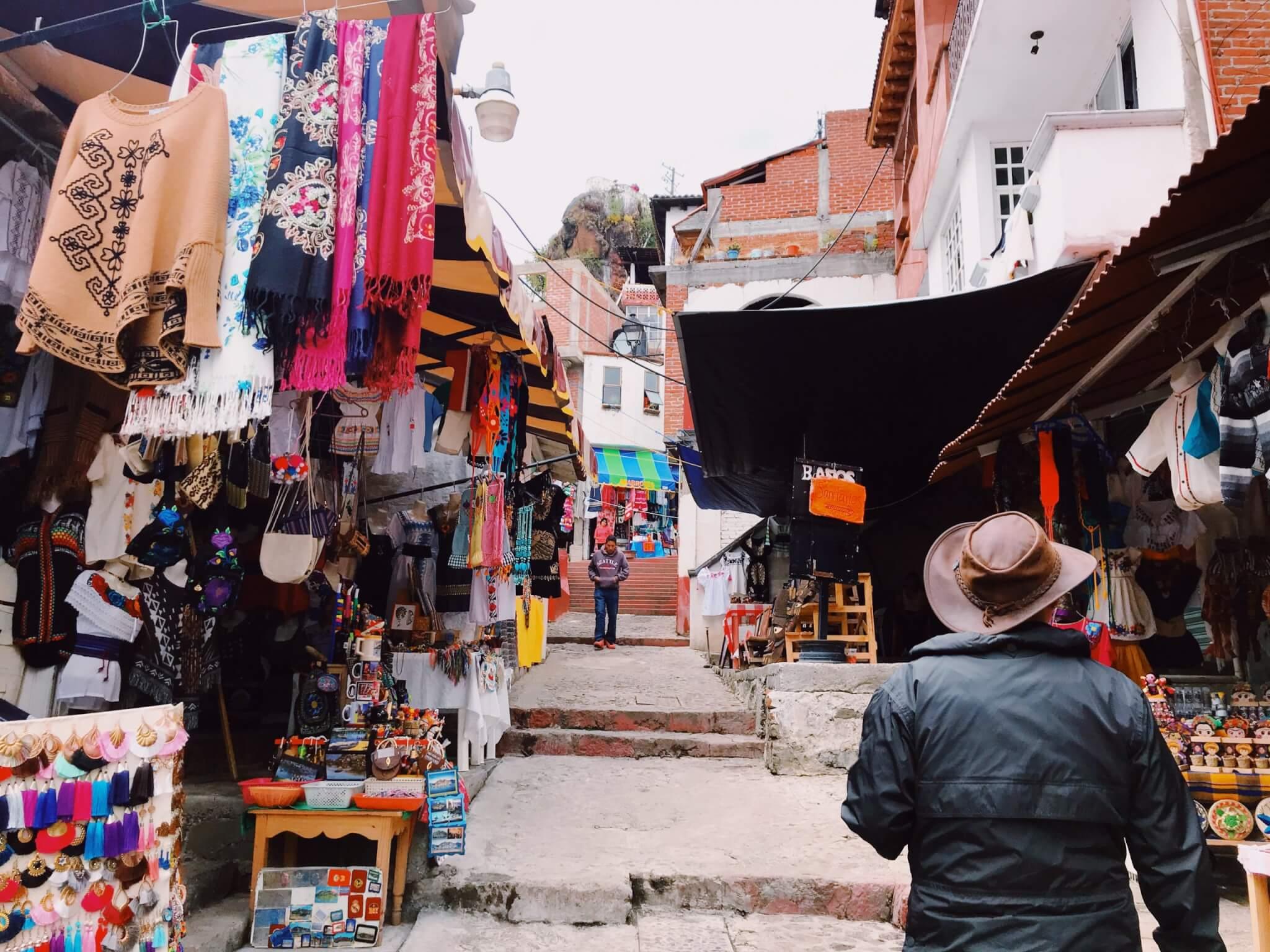 Janitzio Markets along Hike to Morelos Statue